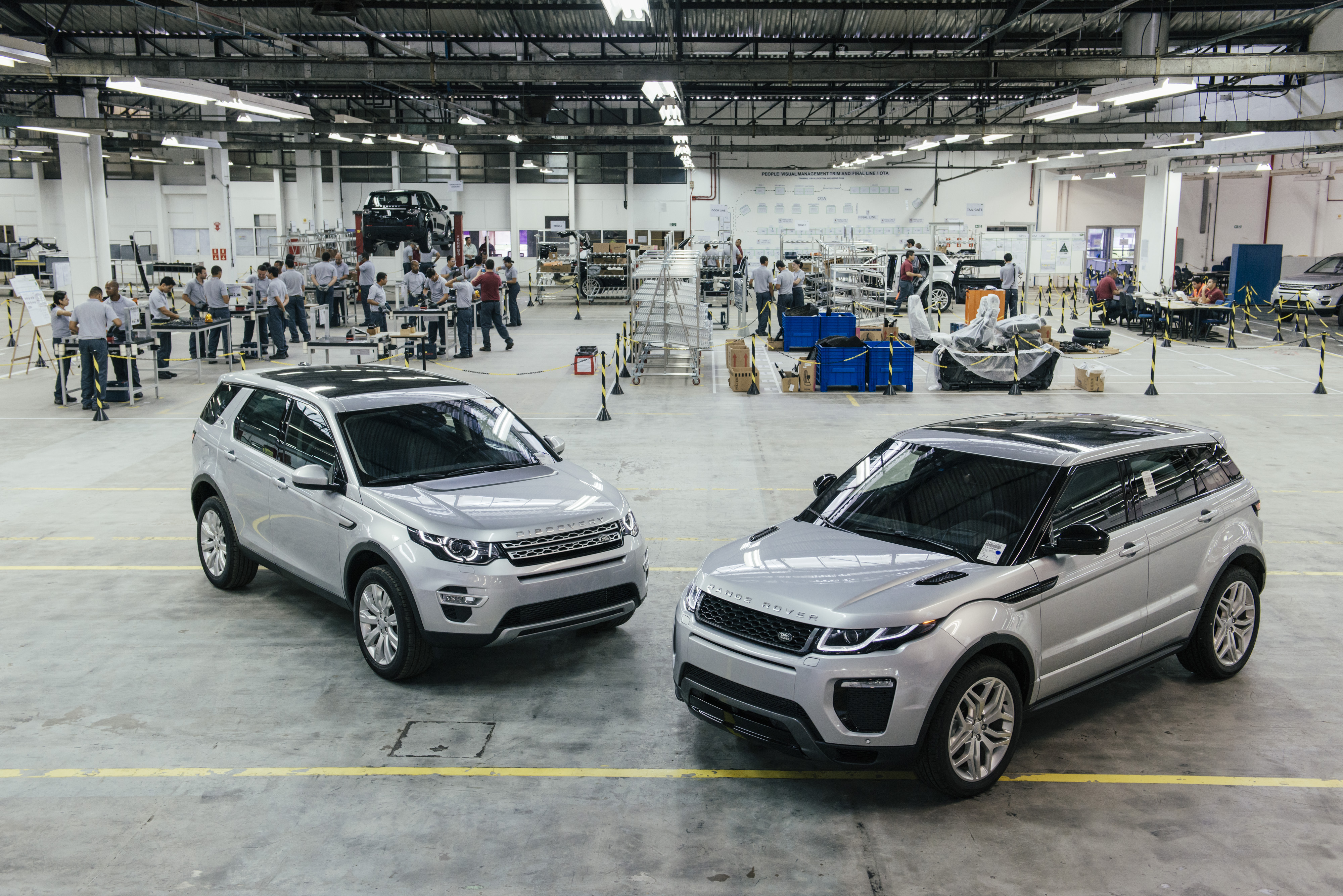 Jaguar Land Rover confirma que o Range Rover Evoque será outro ...