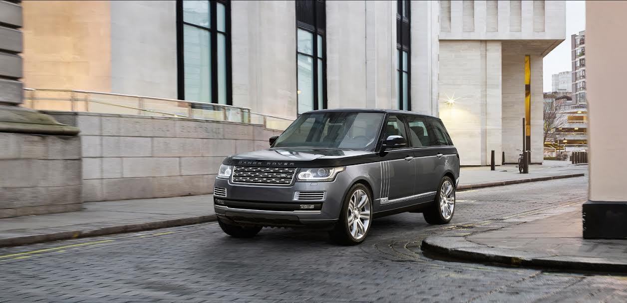 Chega ao Brasil o Range Rover Svautobiography, modelo mais ...