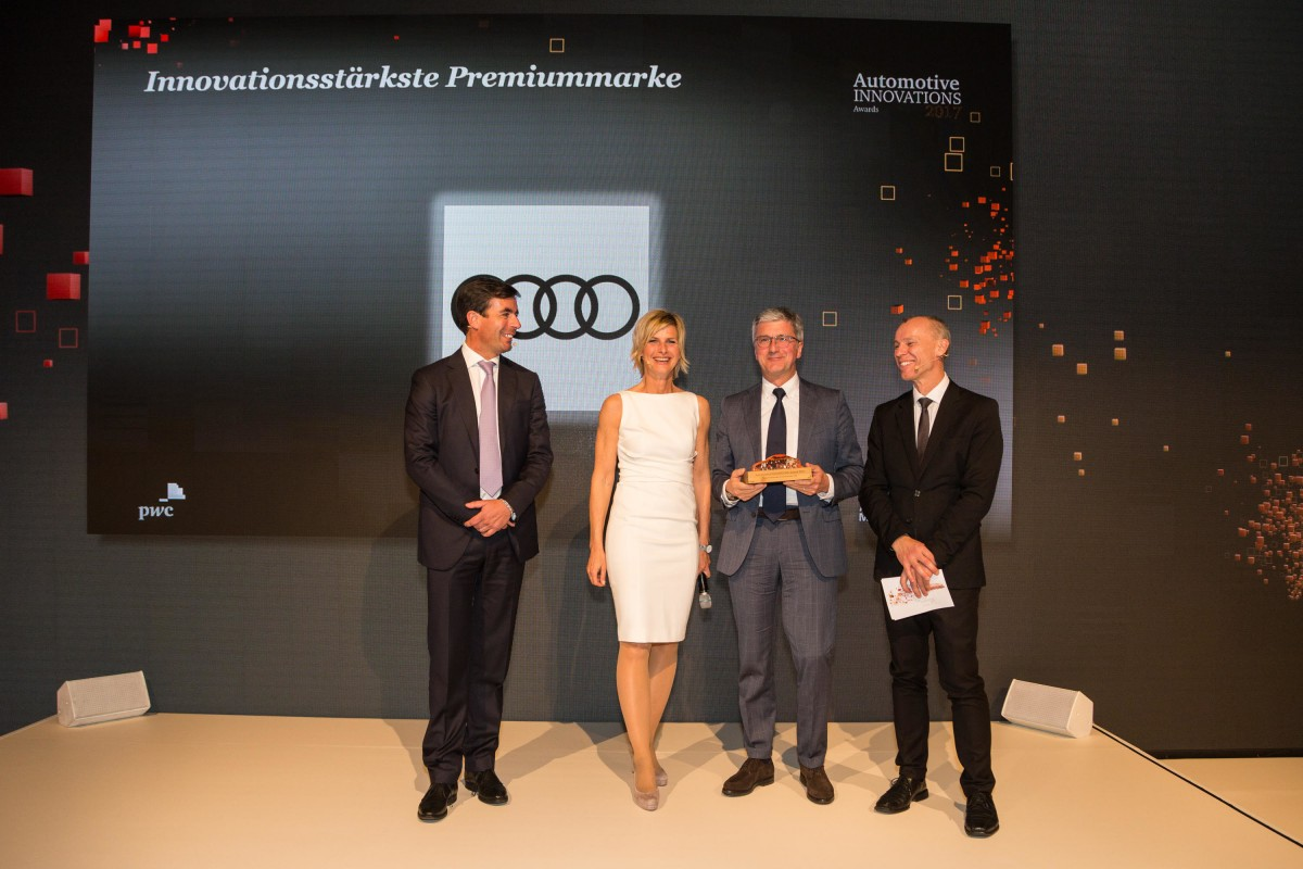 Award winner Prof. Rupert Stadler, Chairman of the Board Management of AUDI AG with Prof. Dr. Stefan Bratzel, Direktor Center of Automotive Management (right), ZDF-Moderator Barbara Hahlweg (middle) and Felix Kuhnert, Global Automotive Advisory Leader at PwC (left)