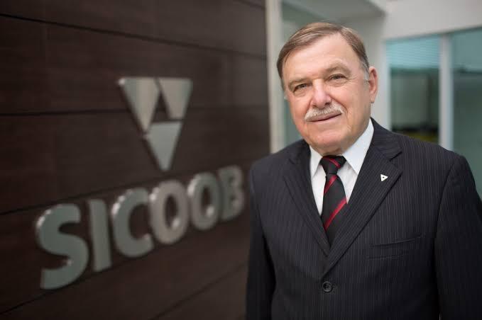 Sicoob ES e ES em Ação apoiam programa de educação do Banco Central no estado