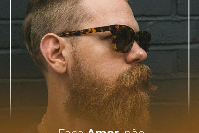 7dc6f249e4286 Já se foi o tempo em que a barba era um sinal de rebeldia. Hoje ela é uma  evidência de que o homem abortou a ideia de ter a cara limpa.