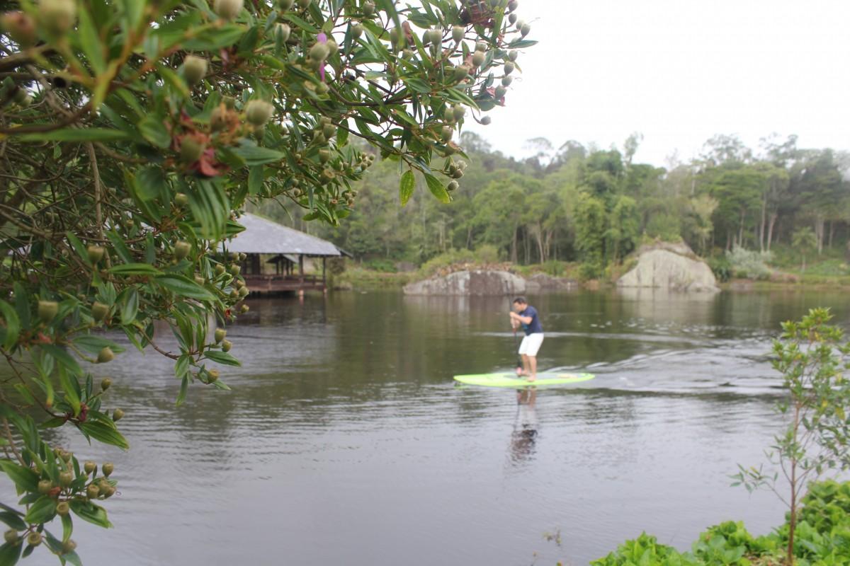 SORTEIO DA SEMANA – Slackline + Stand Up Paddle na Pousada Pedra Azul