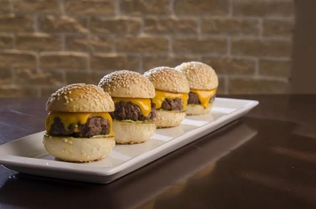 Hamburgueria inaugura hoje e traz como diferencial toques for Cocina francesa gourmet