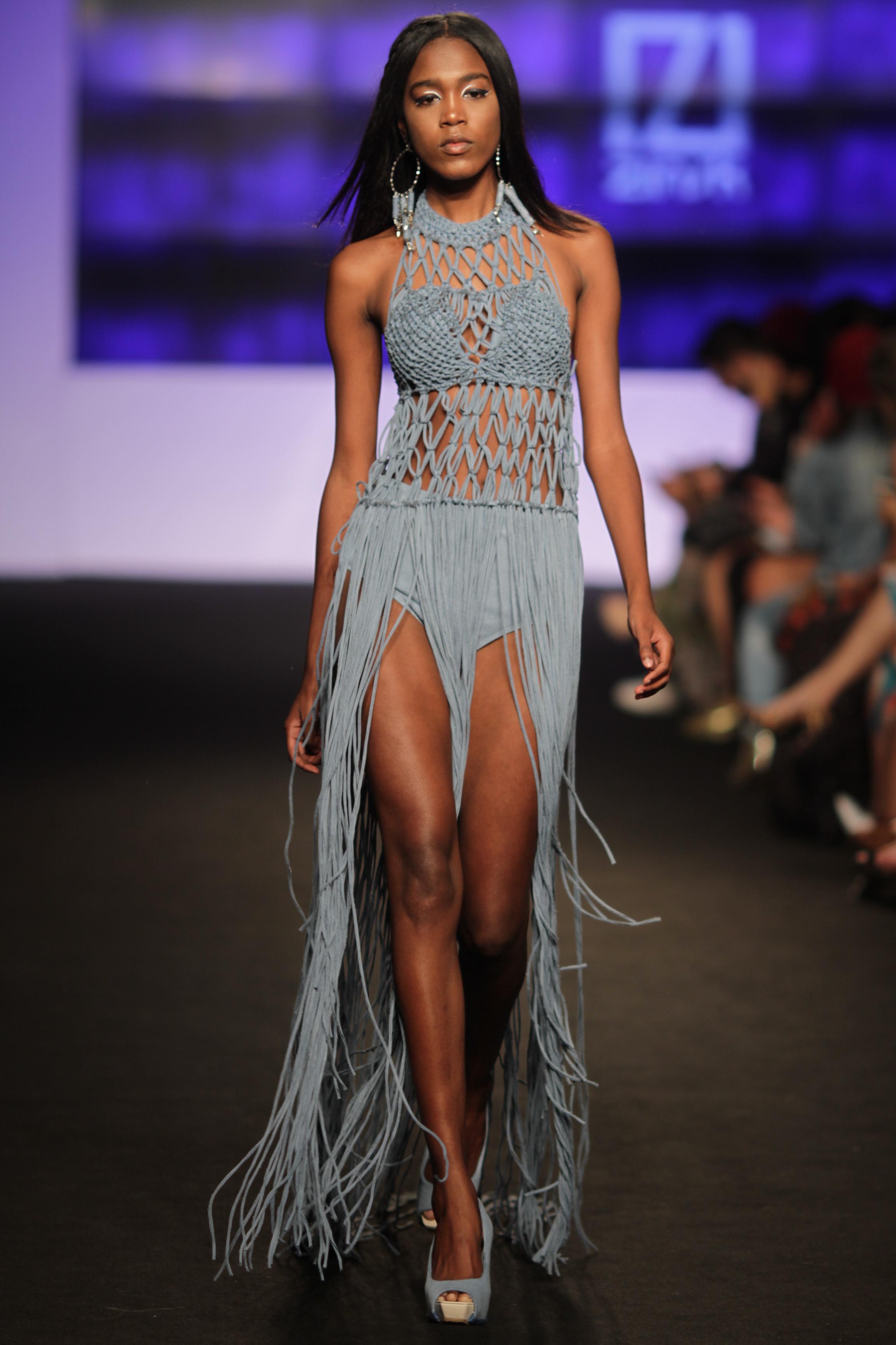 Zinsk se inspira no mundo contempor neo no vit ria moda for Estilo contemporaneo moda