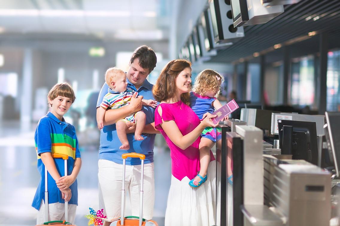 Viajando com crianças – Especialista fala sobre os cuidados com os pequenos na hora de viajar