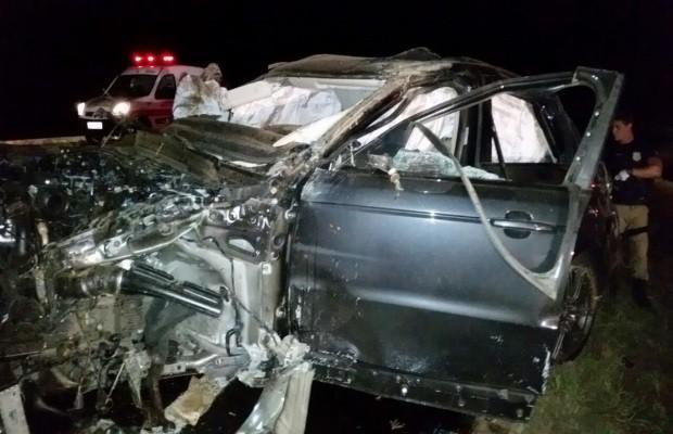 Cristiano Araujo sofre acidente de carro e namorada morre
