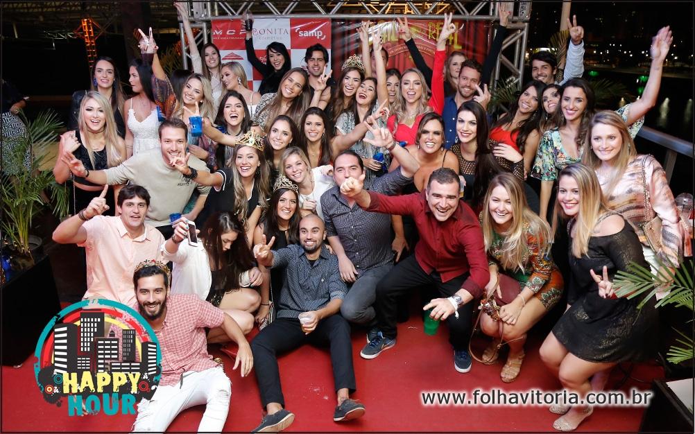 Baile Real com Durval Lelys, Banda Eva e muita gente bonita