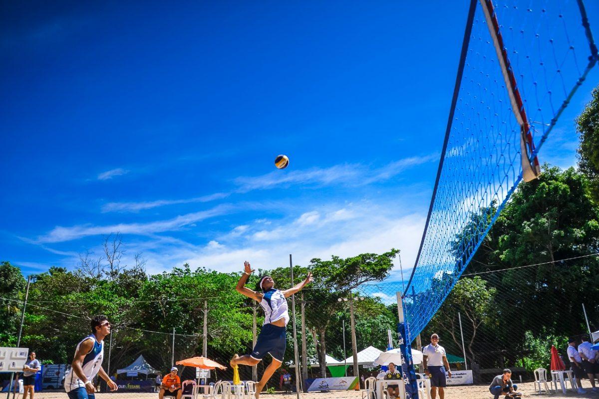Oitos clubes de todo o país disputam Campeonato Brasileiro Interclubes de Vôlei de Praia Sub-17 na Serra