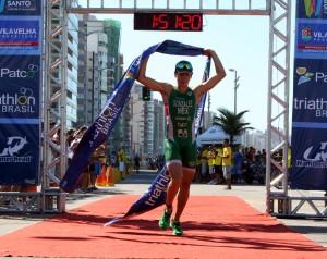 O mexicano Rodrigo Gonzalez foi o campeão masculino