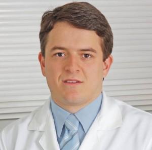 Médico Fabrício Buzatto