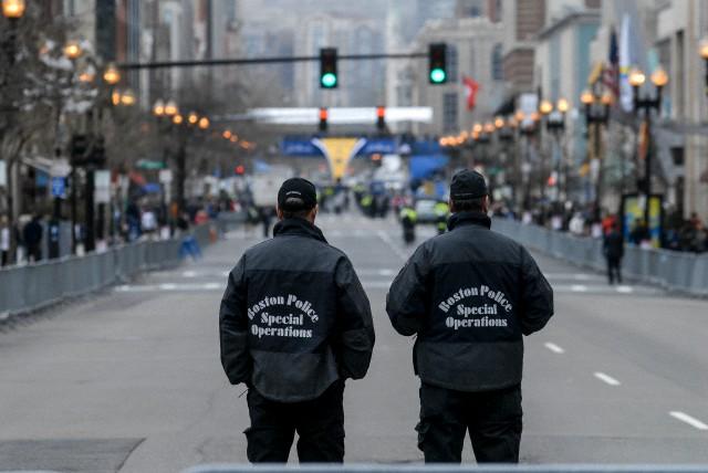 Os brasileiros vão avaliar o esquema de segurança da prova que vivenciou um ataque terrorista há dois anos. Fotos: Corbis