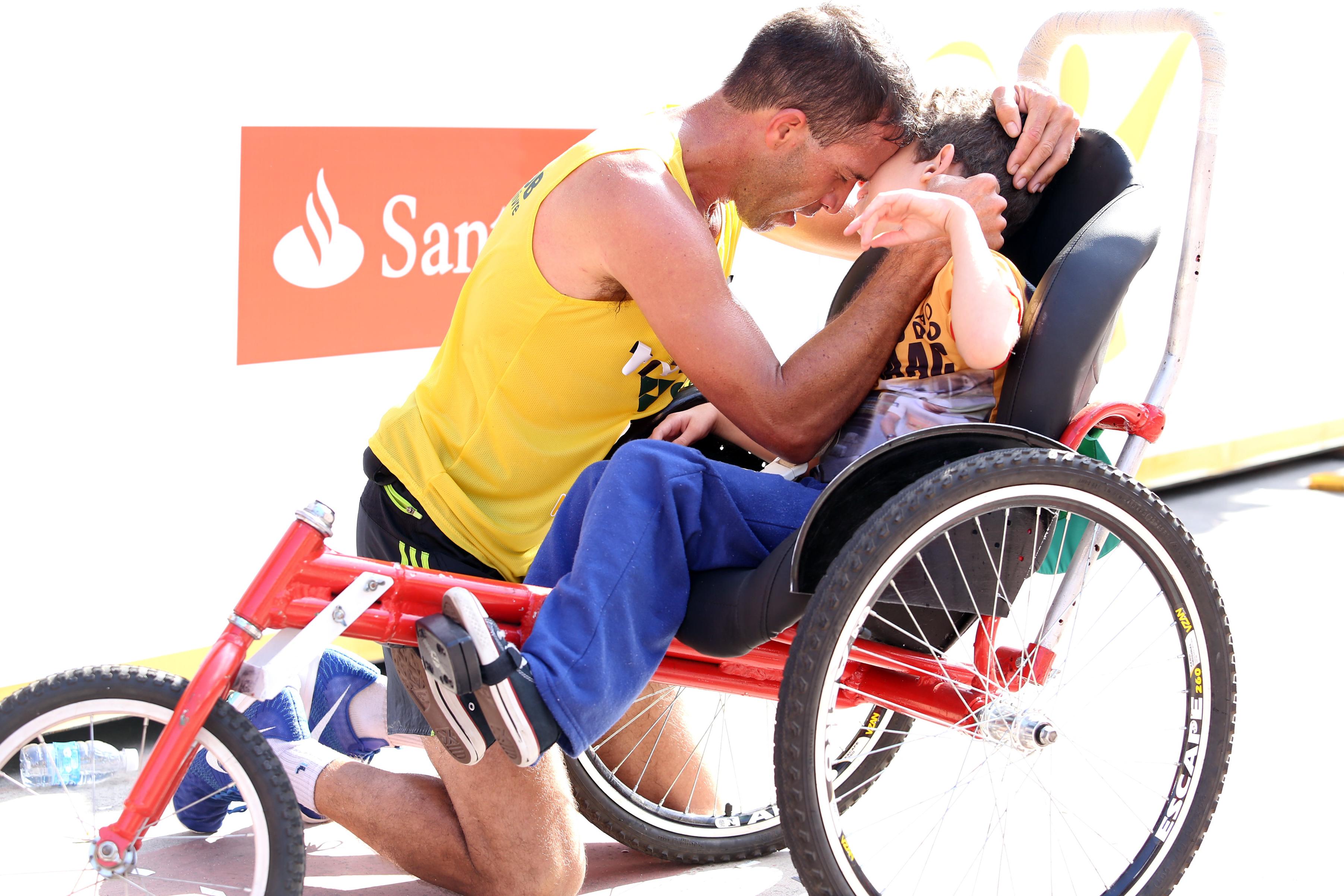 Daniel Gracie e filho Isaac Foto Everton Nunes(4)