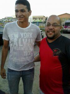 O rubro-negro Thiago Ferreira com Angelim