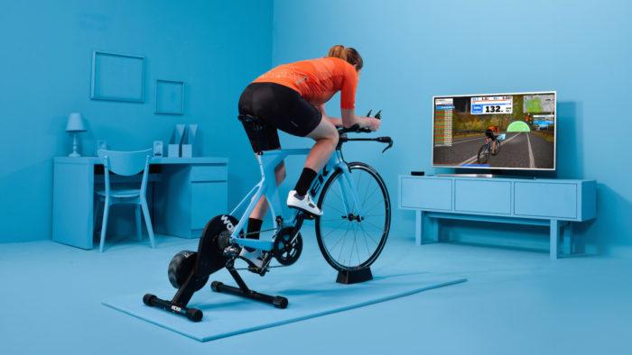Ciclismo indoor: uma simulação perfeita.
