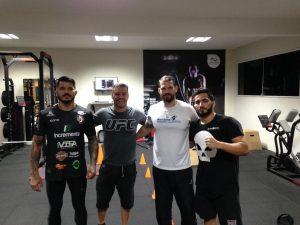 Da esq. p/ dir. Erick Silva, HC Andre Benkei, Dr. Mauro Guerra, Gabriel Silva