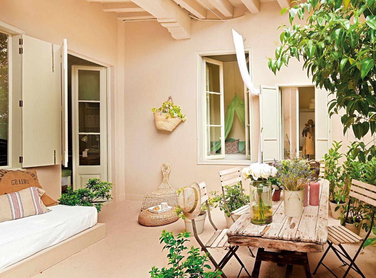 Casa feminina romantismo inspira projeto feito for Decoracion de patios de casas