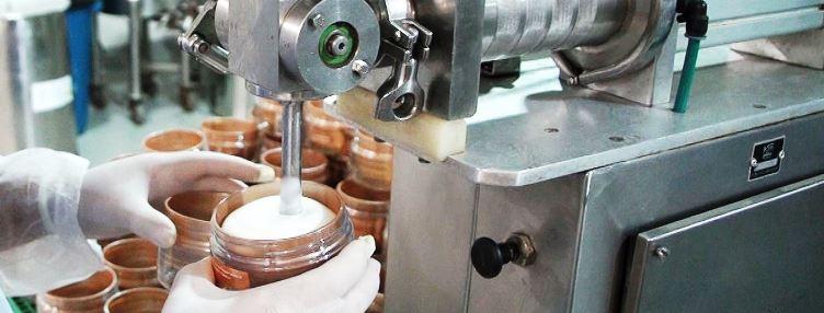 A Indústria de Cosméticos Carvalho, localizada em Cariacica, está com cerca  de 150 oportunidades de emprego nas áreas de auxiliar de produção, ... 9dc564294f