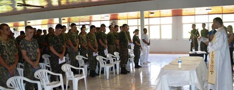 Oportunidade para padres e pastores nas Forças Armadas |