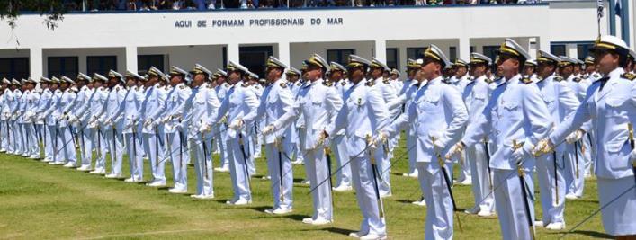 Marinha anuncia 645 vagas com inicial de quase R$ 9 mil