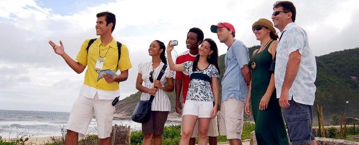 ifes abre 40 vagas para curso técnico em guia de turismo empregos