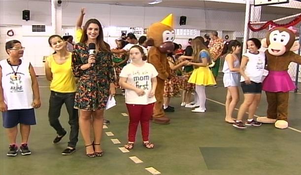 Dia D da campanha ES Solidário leva alegria e diversão para alunos