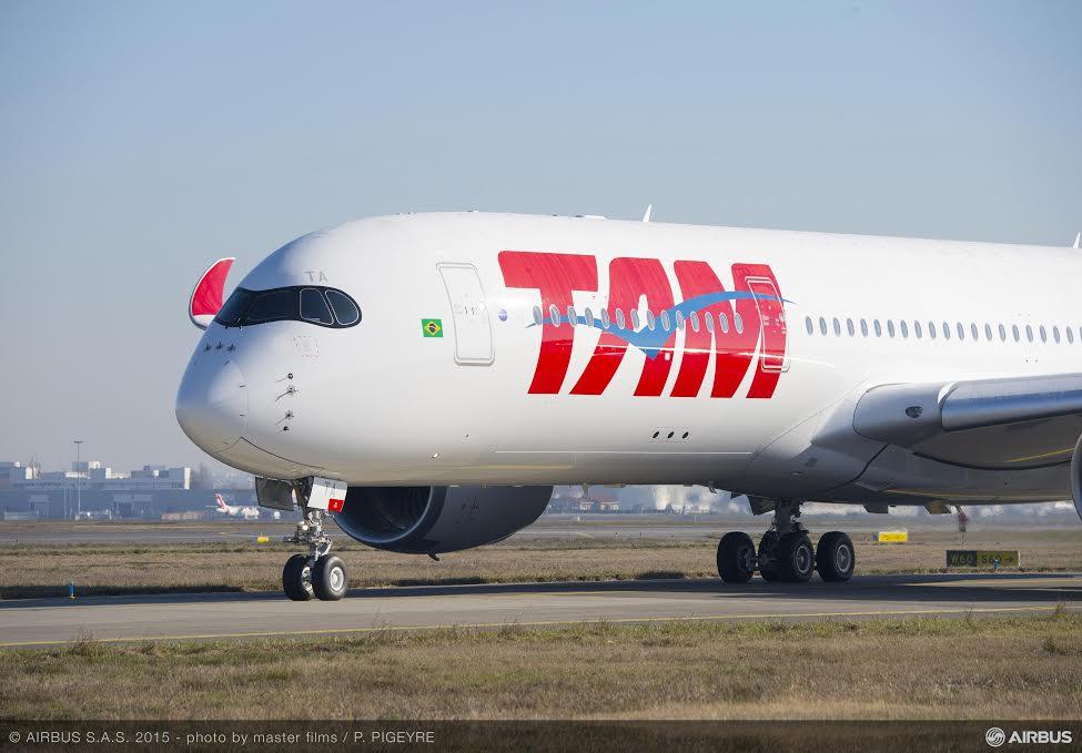 Grávidas poderão adiar as passagens aéreas sem custo da TAM e ...