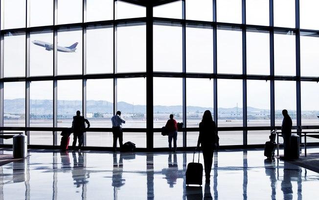 Emissão de visto eletrônico para turistas estrangeiros cresce 44% em abril