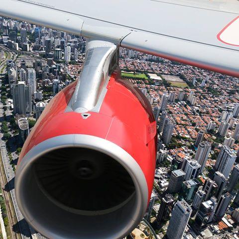 Passagens aéreas por R$ 95 o trecho nos voos de Vitória para São Paulo e Rio de Janeiro na promoção do dia dos Namorados