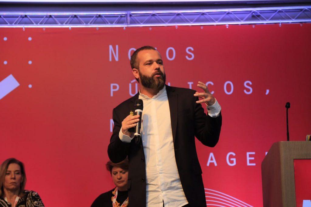 ABA Summit -Renato Meirelles, sócio do Instituto Locomotiva