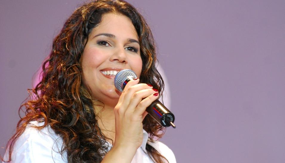 ELAINE RIBEIRO