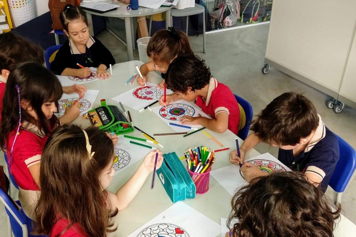 Escola Americana de Vitória no Álvares Cabral